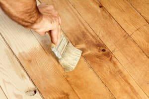 Walnussöl zur Holzpflege